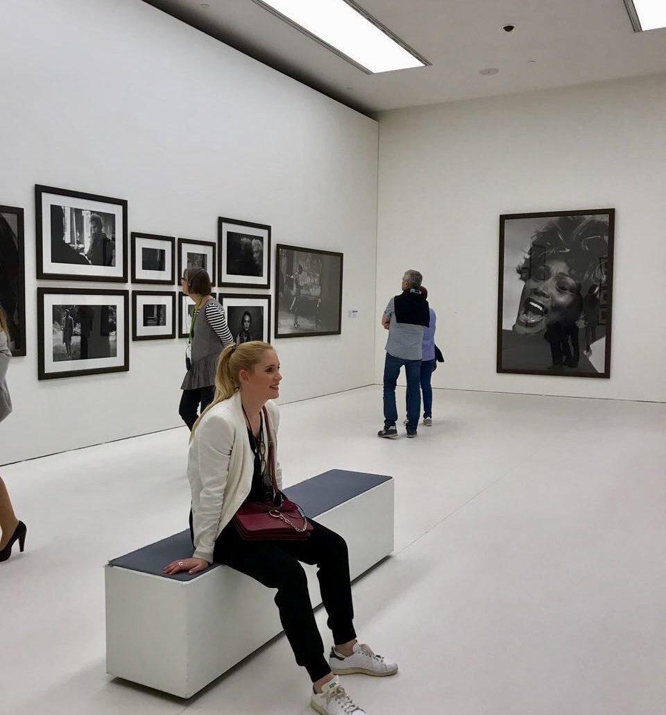 Umgeben von Schönheiten bei der Peter Lindbergh-Ausstellung in der Kunsthalle München.